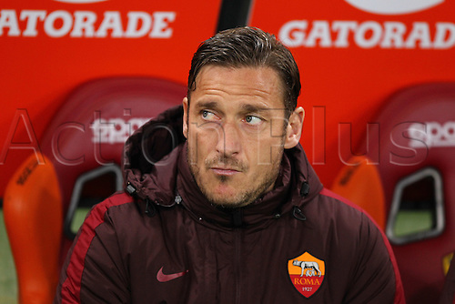 04.03.2016. Stadium Olimpico, Rome, Italy.  Serie A football league. AS Roma versus Fiorentina. Francesco Totti starts on the bec=nch