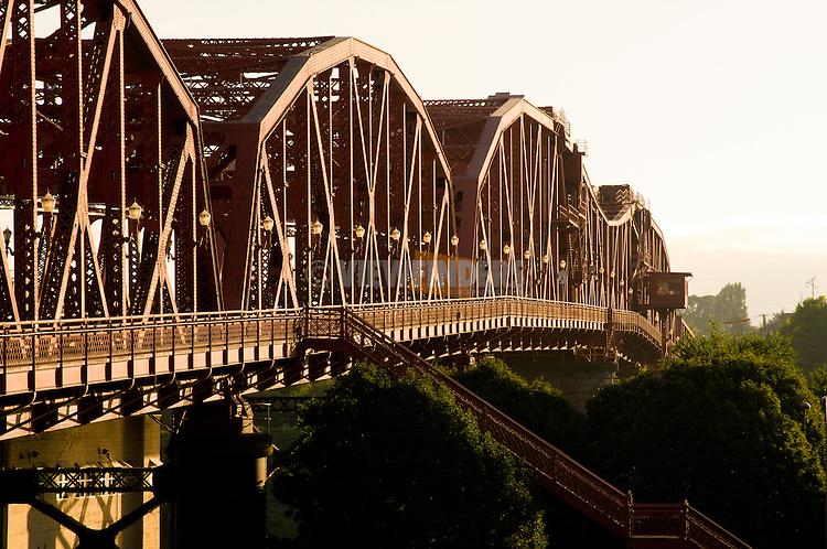 Broadway Bridge, Portland, Oregon