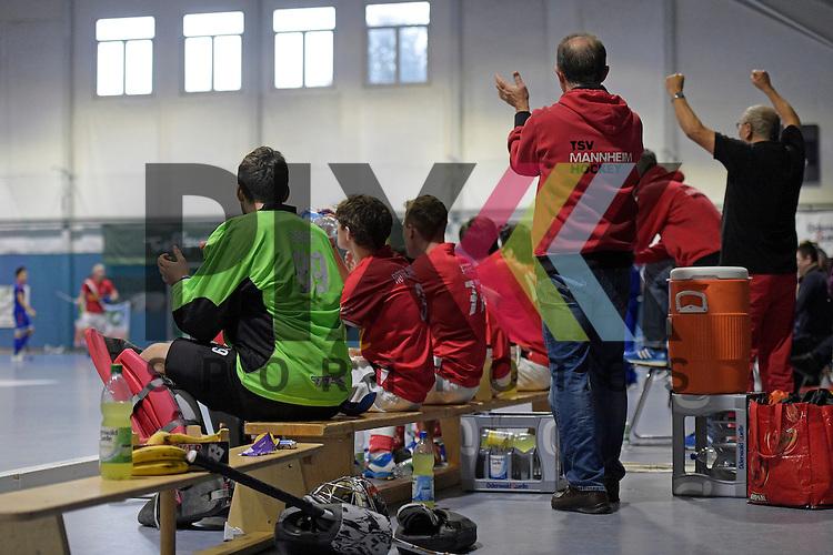 GER - Mannheim, Germany, January 10: During the 1. Bundesliga Sued Herren indoor hockey match between TSV Mannheim (red) and Mannheimer HC (blue) on January 10, 2016 at TSV Mannheim in Mannheim, Germany. <br /> <br /> Foto &copy; PIX-Sportfotos *** Foto ist honorarpflichtig! *** Auf Anfrage in hoeherer Qualitaet/Aufloesung. Belegexemplar erbeten. Veroeffentlichung ausschliesslich fuer journalistisch-publizistische Zwecke. For editorial use only.