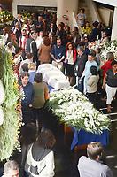 RIO DE JANEIRO, RJ, 11.07.2019 - VELORIO-PAULO HENRIQUE AMORIM - A esposa Geórgia Pinheiro recebeu famíliares e amigos que estiveram presentes no veclório na Associação Brasileira de Imprensa (ABI) do jornalista Paulo Henrique Amorim, na manhã desta quinta-feira(11).O jornalista morreu em casa, na madrugada de quarta-feira (10), de um mal súbito aos 77 anos, Cinelândia, região central do Rio de Janeiro Rio de Janeiro ( Foto: Vanessa Ataliba/Brazil Photo Press/Folhapress)