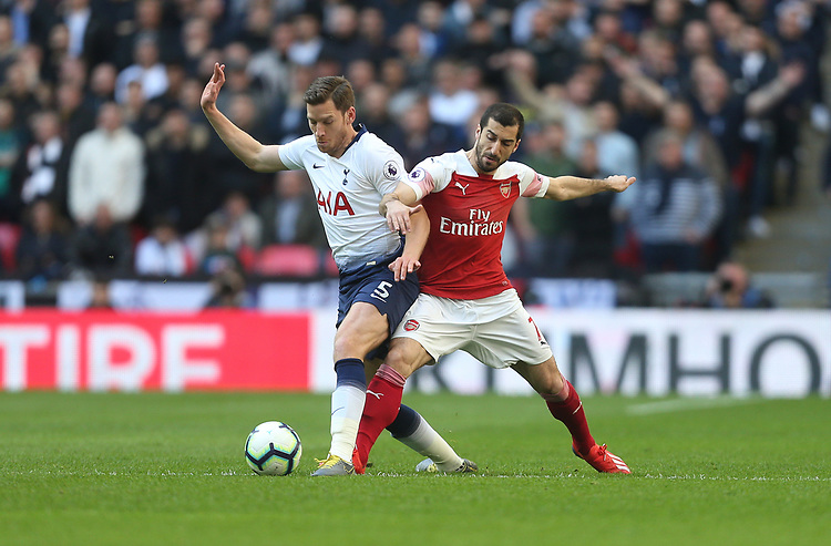 Arsenal's Henrikh Mkhitaryan and Tottenham Hotspur's Jan Vertonghen<br /> <br /> Photographer Rob Newell/CameraSport<br /> <br /> The Premier League - Tottenham Hotspur v Arsenal - Saturday 2nd March 2019 - Wembley Stadium - London<br /> <br /> World Copyright © 2019 CameraSport. All rights reserved. 43 Linden Ave. Countesthorpe. Leicester. England. LE8 5PG - Tel: +44 (0) 116 277 4147 - admin@camerasport.com - www.camerasport.com