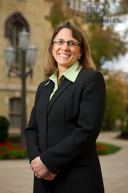 Sue Brandt, Student Financial Aid, Photo by Barbara Johnston/University of Notre Dame