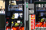 March 17, 2011, Tokyo, Japan - A filling station is closed due to no gasoline to sell in Tokyo on Thrusday, March 17, 2011. A series of fires and suspended operations at oil refineries in the wake of Friday's massive earthquake in northern Japan are contributing to shortages of gasoline, diesel and other petroleum products in the greater Tokyo area. (Photo by YUTAKA/AFLO) [1040]