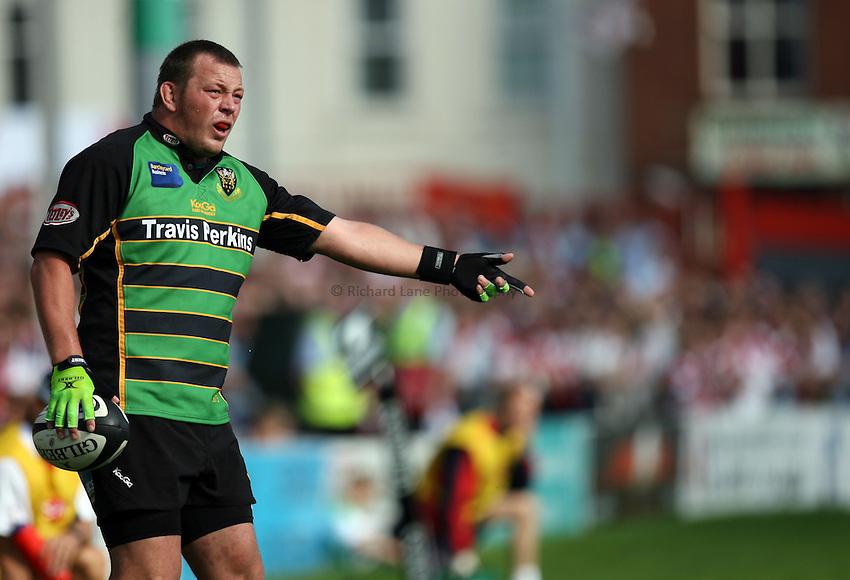 Photo: Rich Eaton...Gloucester Rugby v Northampton Saints. Guinness Premiership. 23/09/2006. Steve Thompson of Northampton.