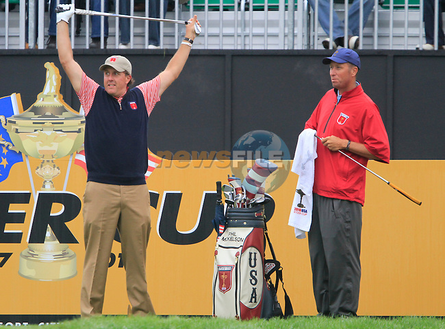 Phil Mickelson warms up before teeing off during Practice Day 3 of the The 2010 Ryder Cup at the Celtic Manor, Newport, Wales, 29th September 2010..(Picture Eoin Clarke/www.golffile.ie)