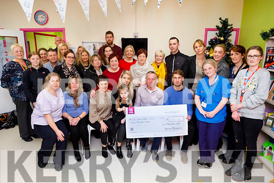 Members of the Browne family present the sum of €3,000 in memory of the late Kerrie Browne to the Cashel Ward in the UHK on Thursday.<br /> Seated l to r: Mairead O'Connor, Marion Brosnan, Jackie McAuliffe (Ward Manager), Andrea Browne, Erin O'Sullivan, David Browne and Eamon Kiely.