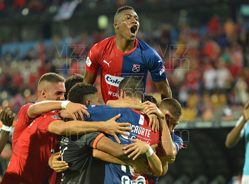 MEDELLÍN - COLOMBIA .20-10-2019:Andrés Ricaurte  jugador del Independiente Medellín celebra después de anotar un gol a Alianza Petrolera durante partido por la fecha 18 de la Liga Águila II 2019 jugado en el estadio Atanasio Girardot de la ciudad de Medellín. /Andres Ricaurte player of Independiente Medellin celebrates after scorng a goal agaisnt of Alianza Petrolera during the match for the date 18 of the Liga Aguila II 2019 played at the Atanasio Girardot  Stadium in Medellin  city. Photo: VizzorImage /León Monsalve / Contribuidor.