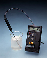 EXOTHERMIC/ENDOTHERMIC REACTIONS<br /> Exothermic: Calcium chloride in water<br /> CaCl2(s) dissolved in water causes the temperature of the water to rise from room temperature, 25 degC, to 35 degC.  Heat of solution for calcium chloride is -81.3 kJ/mol.