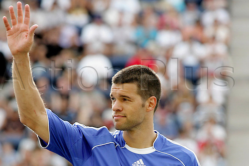 5 August 2006: Portrait of Chelsea midfielder Michael Ballack  waving before the pre-season friendly match between The Major League Soccer All-Stars and Chelsea  played at Toyota Park in Bridgeview, Illinois. Chelsea lost the game 0-1 Photo: Wade Jackson/actionplus...060805 soccer football player