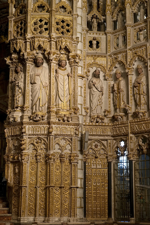 The harmony and complexity of the interior of Toledo's gothic cathedral greets the attentive eyes of visitors.