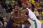 Turkish Airlines Euroleague 2017/2018.<br /> Regular Season - Round 13.<br /> FC Barcelona Lassa vs Unicaja Malaga: 83-90.<br /> Kevin Seraphin vs Viny Okouo.