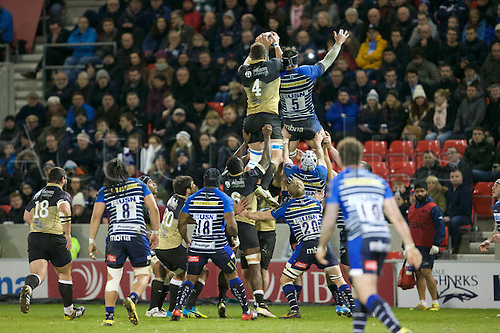 08.04.2016. AJ Bell Stadium, Salford, England. European Champions Cup. Sale versus Montpellier. Montpellier lock Paul Willemse wins the lines out from Sale Sharks lock Andrei Ostrikov.