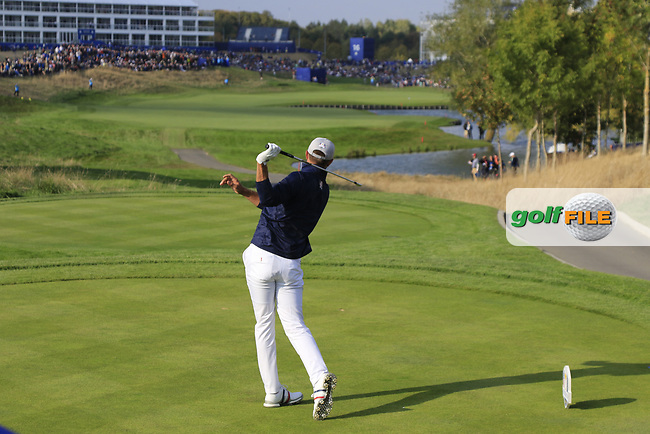 Dustin Johnson Team USA tees off the 15th tee during Friday's Foursomes Matches at the 2018 Ryder Cup 2018, Le Golf National, Ile-de-France, France. 28/09/2018.<br /> Picture Eoin Clarke / Golffile.ie<br /> <br /> All photo usage must carry mandatory copyright credit (© Golffile | Eoin Clarke)