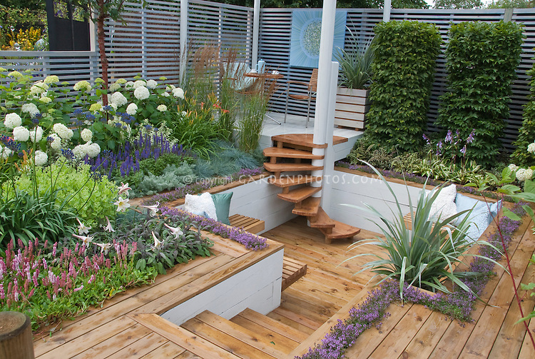 Sunken Deck Landscaping And Garden Plant Amp Flower Stock