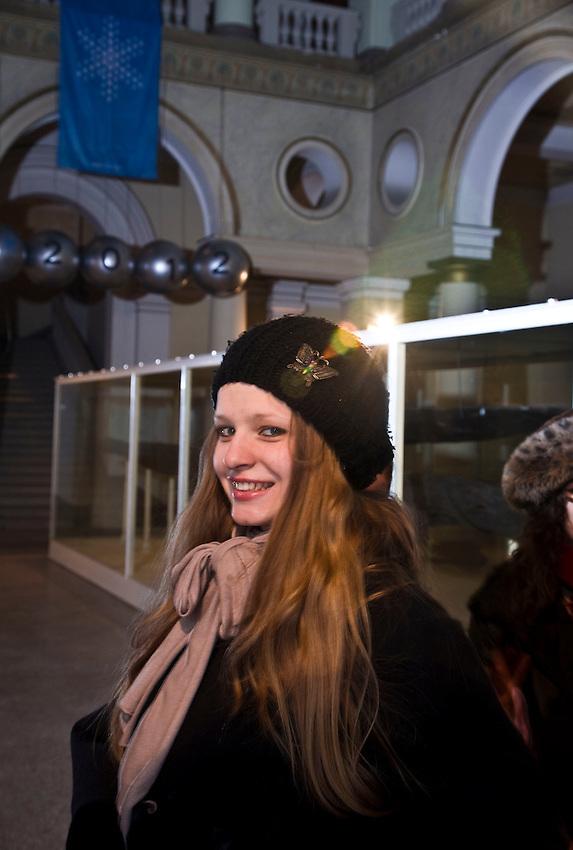 Sarajevo je uvjiek bio dio Evrope, pa i svijeta. To dokazuje vie stoljetni multikulturalizam Sarajeva. Sarajevo je ne samo dio Evrope, nego i centar svjieta, uzimajuxi u obzir historijsko cinjenicu da su Zimske olimpijske igre bile u Sarajevu. / Sarajevo was from ever part of Europe, and World as well. It is proved by decades of multi culturally in Sarajevo. Sarajevo it is not only part of Europe, but is a center of the world, if we take into account that the winter olympic games were in Sarajevo.