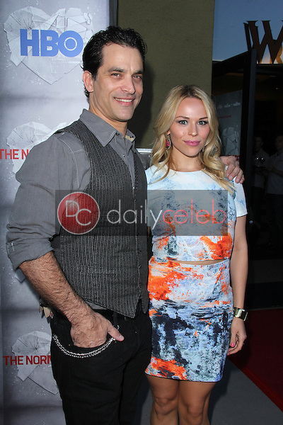 Johnathon Schaech, Julie Solomon<br />