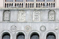 Dettaglio della facciata del Fondaco dei Turchi, (Fontego dei Turchi), sede del Museo Civico di Storia Naturale a Venezia.<br />