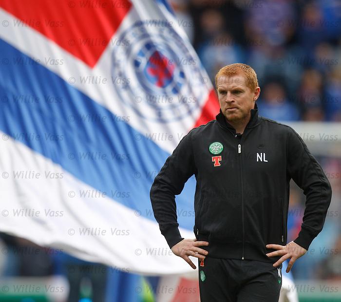 Neil Lennon before the match