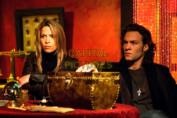 CHRISTINA COX & KYLE SCHMID.in Blood Ties (Season 1) .**Editorial Use Only**.CAP/FB.Supplied by Capital Pictures