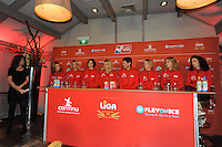 CHAATSEN: AMSTELVEEN: 15-10-2013, De Jonge Dikkert, Perspresentatie Team LIGA, Margot Boer, Marianne Timmer (trainer/coach), Gian, ©foto Martin de Jong
