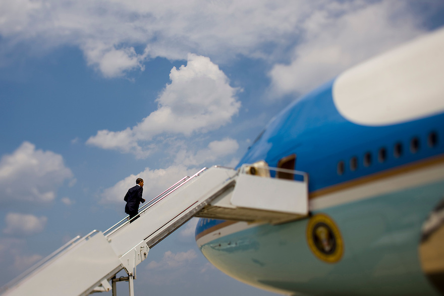 President Barrack Obama departs Andrews Air Force Base, MD...Photo by Brooks Kraft/Corbis..