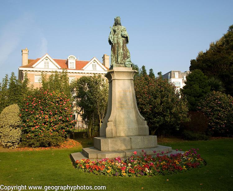 Queen Victoria statue, Candie Gardens, St Peter Port, Guernsey, Channel Islands, UK