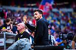 09.08.2019, Merkur Spiel-Arena, Düsseldorf, GER, DFB Pokal, 1. Hauptrunde, KFC Uerdingen vs Borussia Dortmund , DFB REGULATIONS PROHIBIT ANY USE OF PHOTOGRAPHS AS IMAGE SEQUENCES AND/OR QUASI-VIDEO<br /> <br /> im Bild | picture shows:<br /> Mats Hummels (Borussia Dortmund #15) sendet Gruesse in den Fanblock vor dem Spiel, <br /> <br /> Foto © nordphoto / Rauch