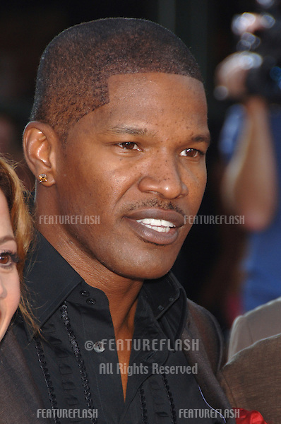 """Actor JAMIE FOXX at the world premiere, in Los Angeles, of his new movie """"Miami Vice."""".July 20, 2006  Los Angeles, CA.© 2006 Paul Smith / Featureflash"""