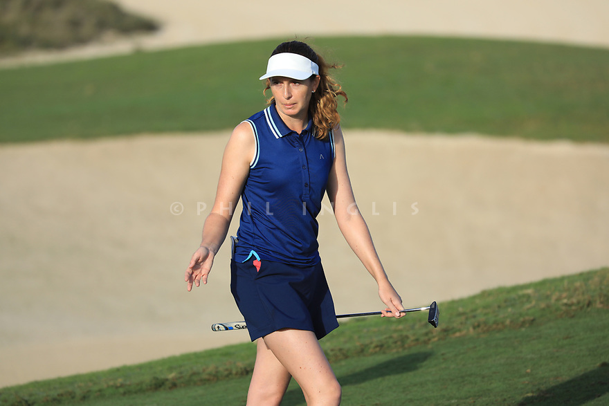 Florentyna Parker (ENG) during the first round of the Fatima Bint Mubarak Ladies Open played at Saadiyat Beach Golf Club, Abu Dhabi, UAE. 10/01/2019<br /> Picture: Golffile | Phil Inglis<br /> <br /> All photo usage must carry mandatory copyright credit (© Golffile | Phil Inglis)