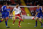 Chris Basham of Sheffield Utd distributes the ball - FA Cup Second round - Sheffield Utd vs Oldham Athletic - Bramall Lane Stadium - Sheffield - England - 5th December 2015 - Picture Simon Bellis/Sportimage