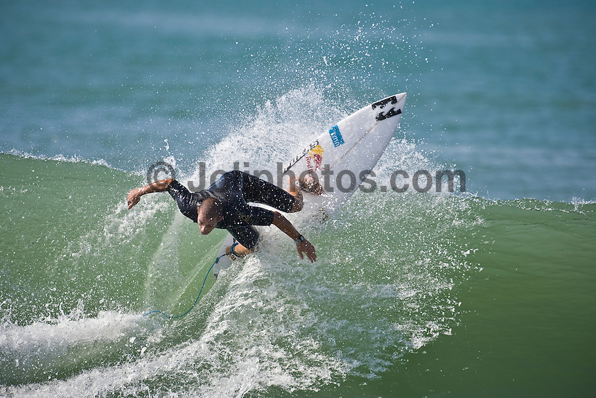 TIAGO PIRES (PRT) surfing at Hossegor in South West region of France. Photo: joliphotos.com