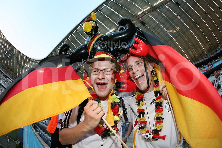 Fussball WM 2006  Achtelfinale  Deutschland - Schweden Fans (GER)