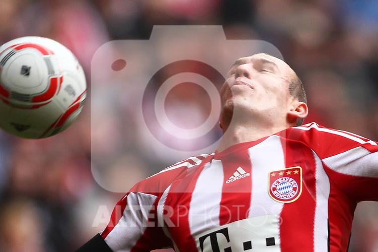 12.03.2011, Allianz Arena, Muenchen, GER, 1.FBL, FC Bayern Muenchen vs Hamburger SV, im Bild  Arjen Robben (Bayern #10) , Foto © nph / Straubmeier