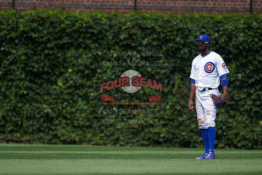 Chicago Cubs outfielder Dexter Fowler (24) during a game against the Milwaukee Brewers on August 13, 2015 at Wrigley Field in Chicago, Illinois.  Chicago defeated Milwaukee 9-2.  (Mike Janes/Four Seam Images)