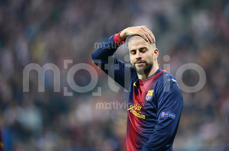FUSSBALL  CHAMPIONS LEAGUE  HALBFINALE  HINSPIEL  2012/2013      FC Bayern Muenchen - FC Barcelona      23.04.2013 Gerard Pique (Barca) enttaeuscht