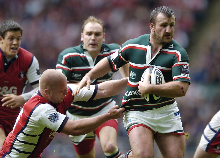 Photo: Jonathan Butler..Gloucester Rugby v Leicester Tigers. Guinness Premiership Final. 12/05/2007..George Chuter of Leicester runs at Nick Wood of Gloucester.