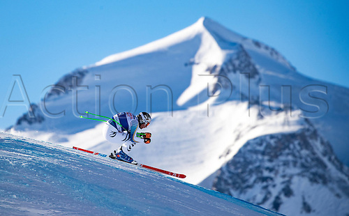 01.12.2016, Val d Isere, France.  FIS World Cup Alpine skiing , Val d Isere, Training. Thomas Dressen (GER) in action during the 2nd practice run