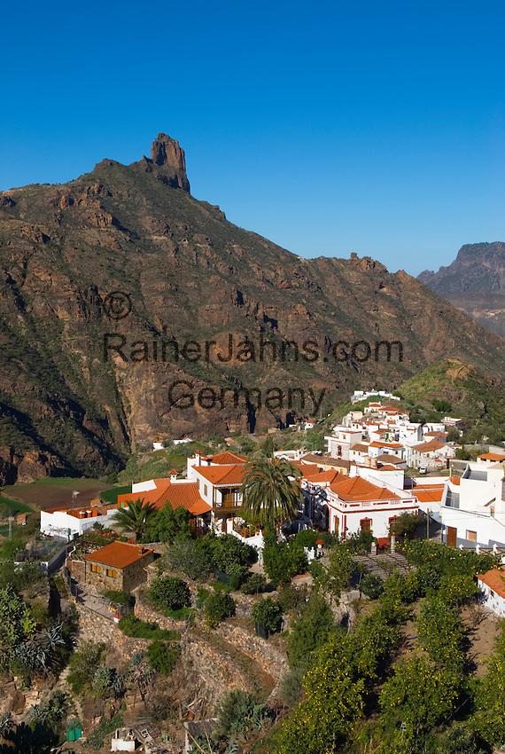 Spain, Gran Canaria, Tejeda: Roque Bentayga   Spanien, Gran Canaria, Bergdorf Tejeda vorm Roque Bentaiga