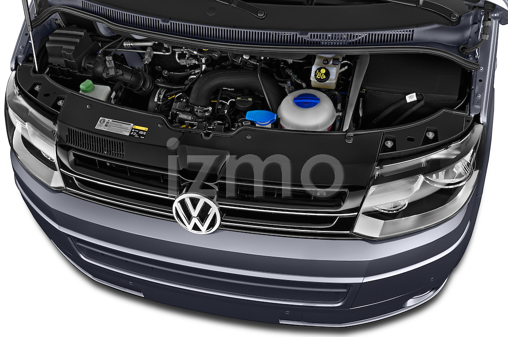 Car Stock 2014 Volkswagen CALIFORNIA COMFORTLINE EDITION BLUEMOTION 4 Door Minivan Engine high angle detail view