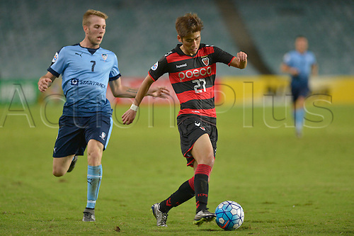 05.04.2016. Sydney Football Stadium, Sydney, Australia. AFC Champions League. Sydney versus Pohang Steelers. Pohang defender Park Sun-ju in action. Sydney won the game by a score of 1-0.