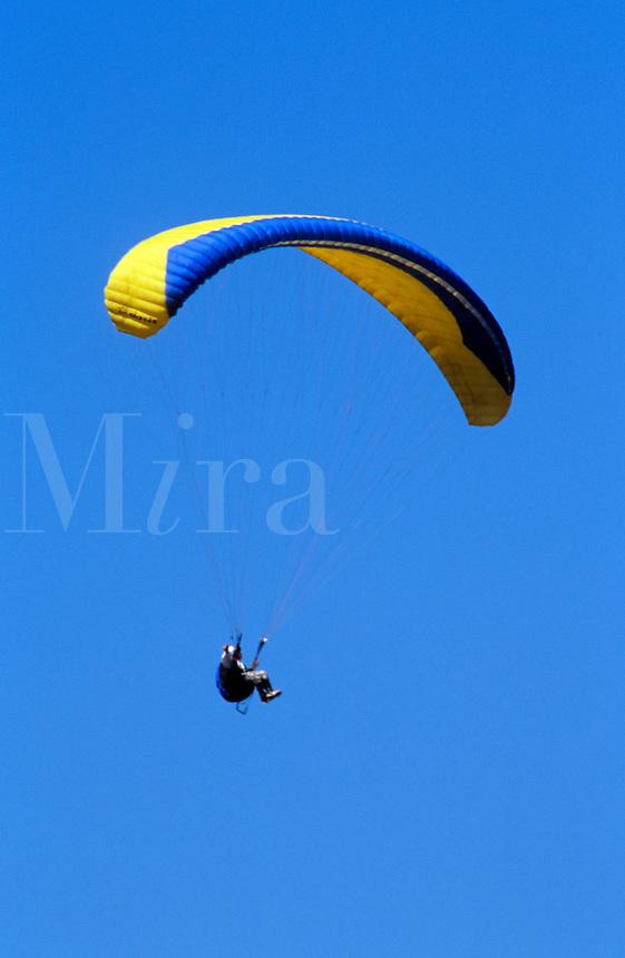Para-gliders at Elings Park Santa Barbara, CA, California