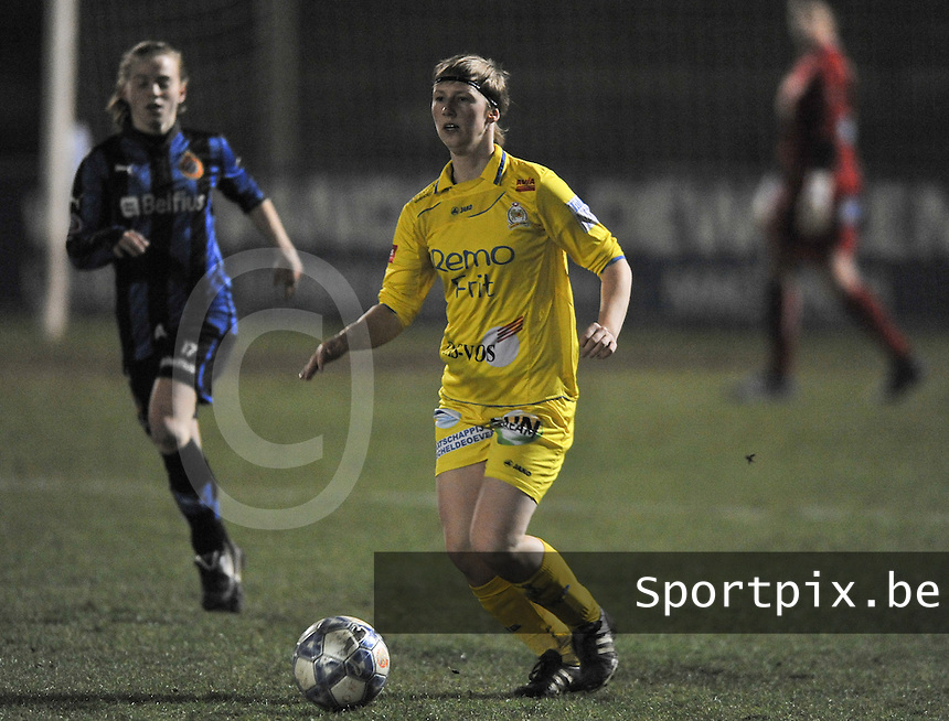 Club Brugge Dames - WB Sinaai Girls : Elke Van Driessche.foto DAVID CATRY / Vrouwenteam.be