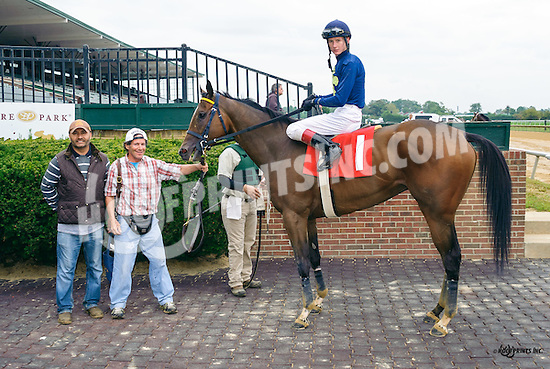 Super Ducker winning at Delaware Park on 9/28/16