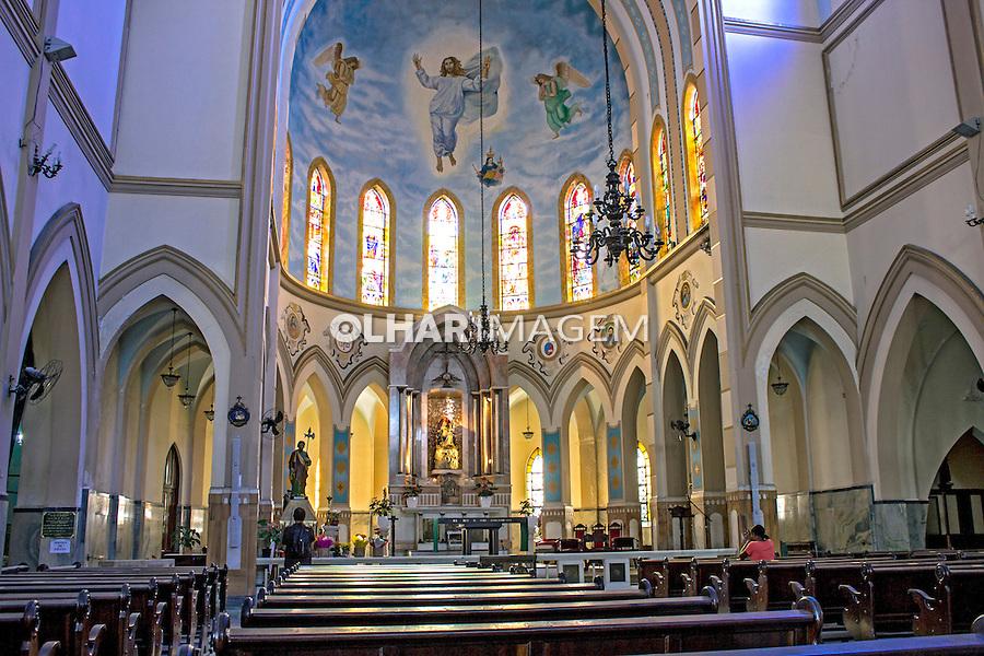 Igreja de Montserrat no Largo da Batata. São Paulo. 2014. Foto de Alf Ribeiro.