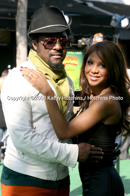 "will.i.am & Toni Braxton  arriving to the Madegascar: Escape 2 Africa"" Premiere at the Mann Village Theater in Westwood, CA  on.October 26, 2008.©2008 Kathy Hutchins / Hutchins Photo...                ."