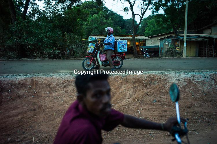 An ice-cream vendor seen by the side of the road in Kilinochchi, in northern Sri Lanka. Photo: Sanjit Das/Panos