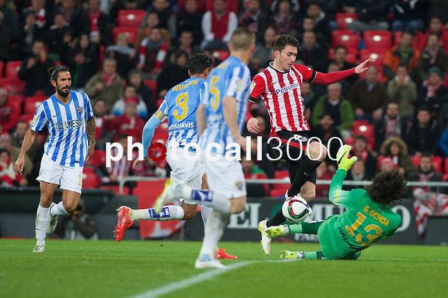 Football match during La Copa del rey, between the teams Athletic Club and Malaga CF<br /> Bilbao, 30-01-14<br /> laporte fight the ball with ochoa<br /> Rafa Marrodán&Alex Zugaza/PHOTOCALL3000