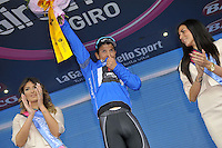 ITALIA - 29-05-2014: Julian Arredondo, ciclista colombiano del equipo Trek celebra con la Camiseta Azul, líder de la Montaña, en la etapa 18 entre Belluno y Panarotta sobre 171 kilómetros, y se ha apuntado la victoria en la cima de Panarotta en la versión 97 del Giro de Italia / Julian Arredondo, Colombian cyclist Trek team celebrates with Blue Shirt, leader of the Mountain, the stage 18 between Belluno and Panarotta about 171 kilometers, and has registered the win on top of Panarotta in version 97 of the Giro d'Italia. Photo: VizzorImage/ Marco Alpozzi / LaPress…. VIZZORIMAGE PROVIDES THE ACCESS TO THIS PHOTOGRAPH ONLY AS A PRESS AND EDITORIAL SERVICE AND NOT IS THE OWNER OF COPYRIGHT; ANOTHER USE HAVE ADDITIONAL PERMITS AND IS REPONSABILITY OF THE END USER