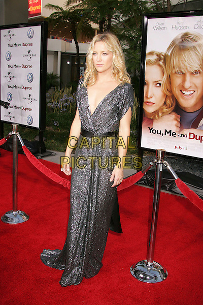 "KATE HUDSON.""You, Me and Dupree"" World Premiere held at the Arclight Cinemas Cinerama Dome, Hollywood, Californi, USA,.10 July 2006..full length black sequined sparkly dress low cut plunging neckline.Ref: ADM/RE.www.capitalpictures.com.sales@capitalpictures.com.©Russ Elliot/AdMedia/Capital Pictures."