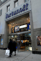 The Fortunoff store on West 57 St in NYC on Febraury 5, 2008. The retailer has filed for bankruptcy protection and is being acquired by NRDC Equity Partners, the private equity firm that owns Lord & Taylor. Founded 85 years ago the retail chain has 23 stores in the NY tri-state area, which will remain open during the acquisition. (© Richard B. levine)